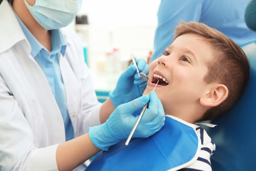 What is the process of a tooth extraction